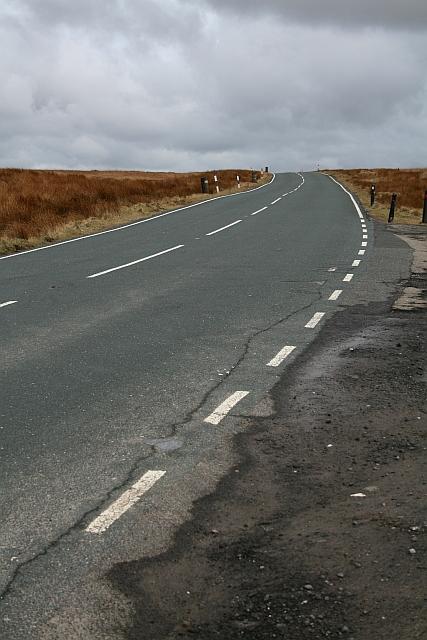 Huddersfield Road (A640) at Haigh Gutter (2)