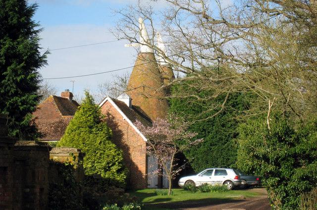 Bayards Oast, Hastings Road, Rolvenden, Kent