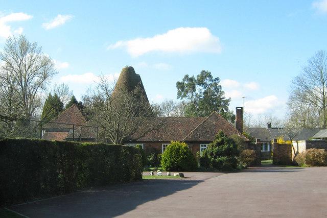 Ranters Oast, Benenden Road, Rolvenden, Kent
