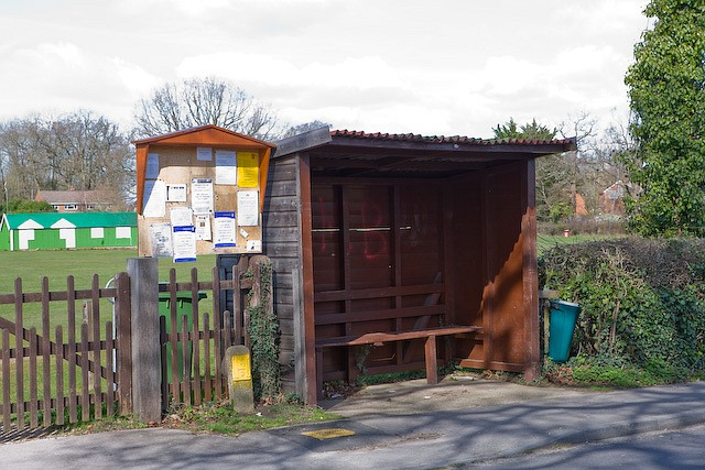 Bus shelter and village noticeboard, Lower Common Road, West Wellow