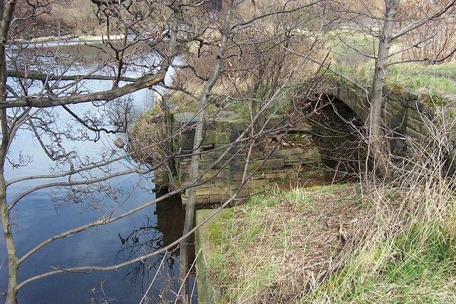 Tag Cut Entrance from River Calder