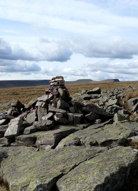 Cairn on the Beacons Way