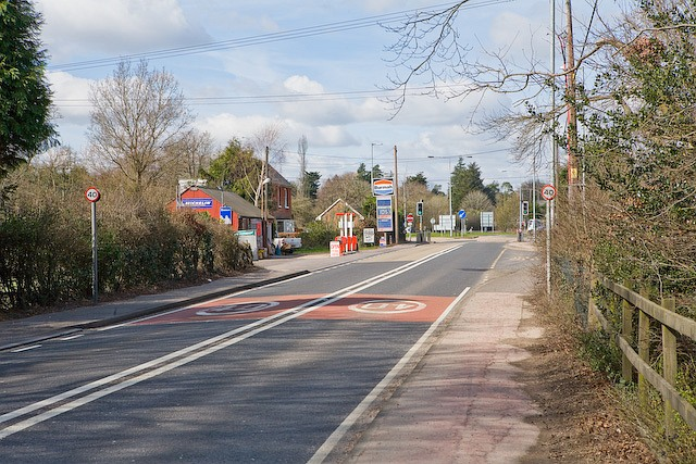 Approaching Canada Corner on the A36 at West Wellow