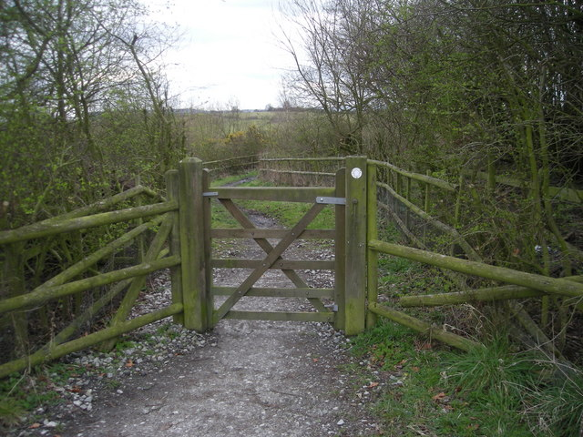 Gateway to a footpath