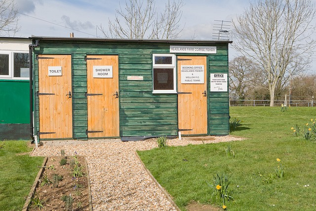 Booking office and amenity hut, Headlands Farm coarse fishery, West Wellow