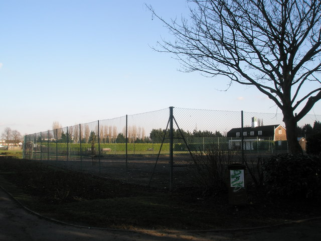 Deserted tennis courts at Drayton Park