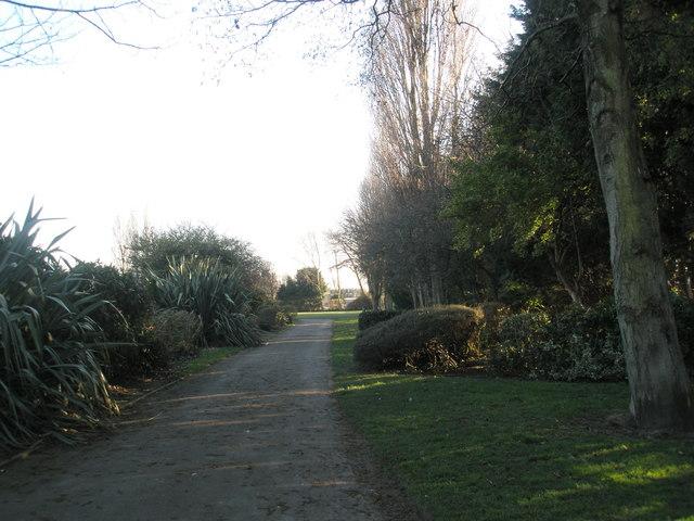Pathway near tennis courts at Drayton Park