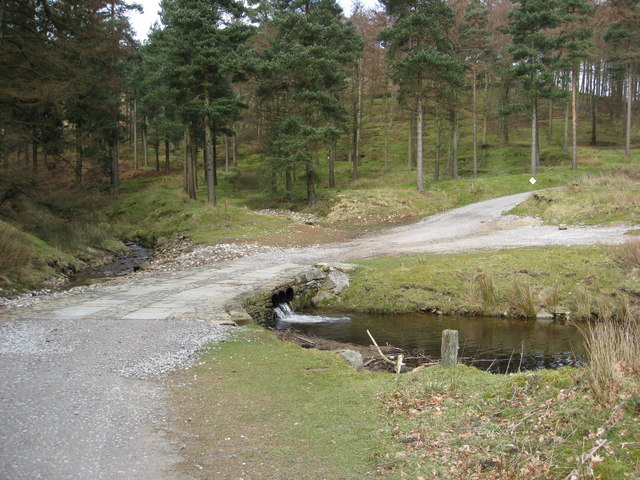 Brook from Linch Clough runs into Howden Reservoir