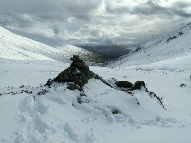 The cairn on Tom Mor