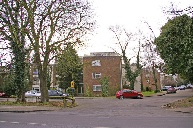 Dunraven Drive, Enfield