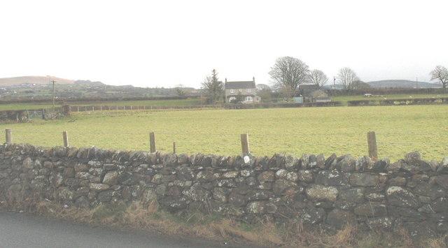 Doleilog Farm viewed from the road near Cae Moel Bridge