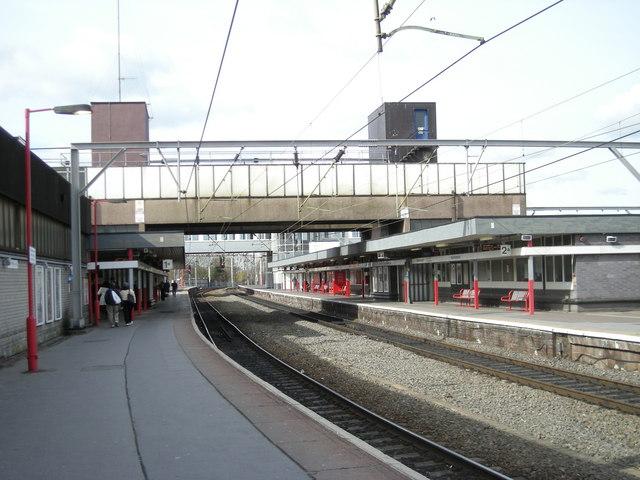 Wolverhampton Station, Platforms 1 & 2