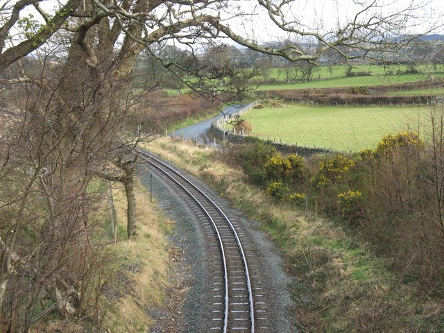Curving track at the approach to the Cae Moel overbridge