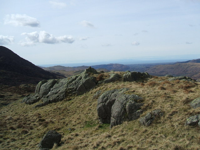 The top of Crowhow End