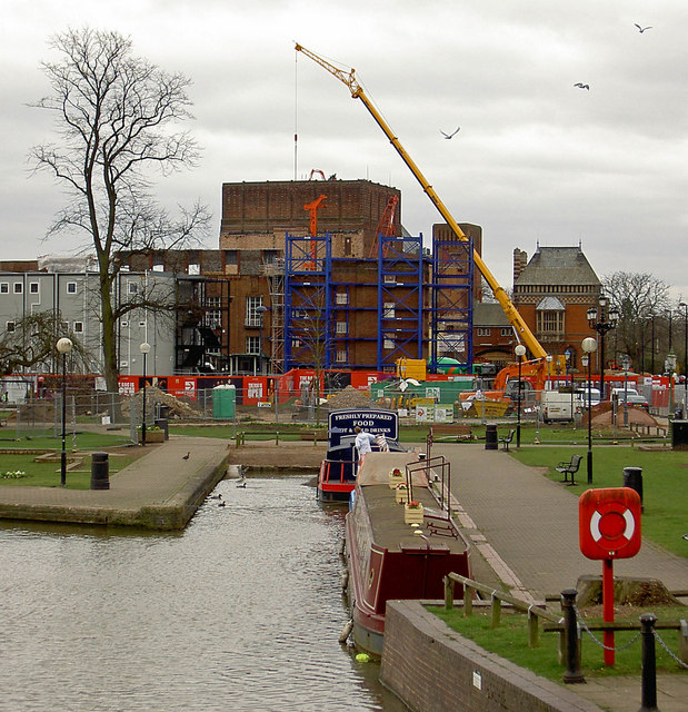 The RSC theatre still at demolition stage.