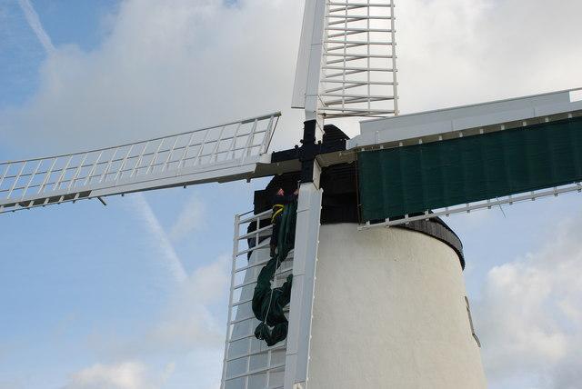 Melin Wynt Llynnon Llanddeusant Llynnon Windmill