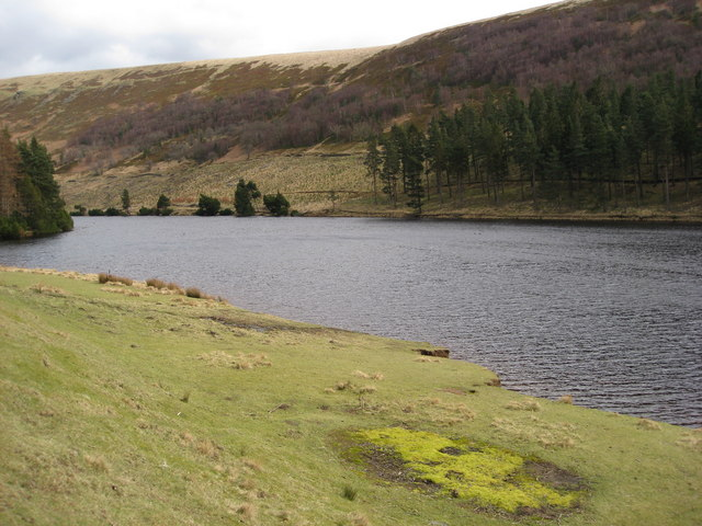Howden Reservoir - View from footpath near the Royal Oak Tree