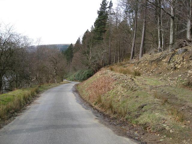 Howden Reservoir - Road View