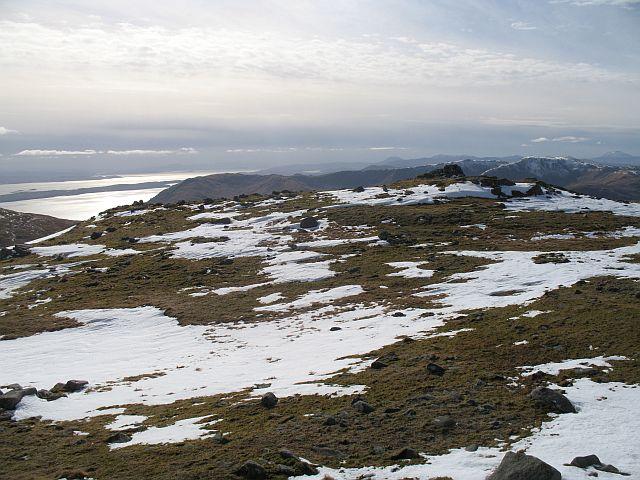 Fuar Bheinn, The summit