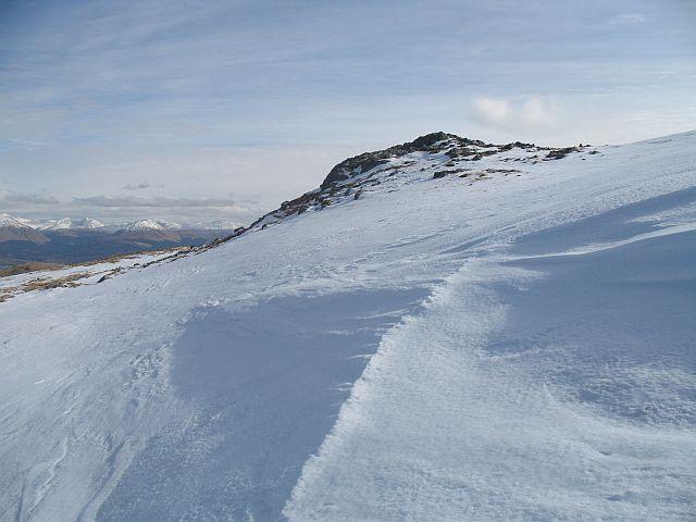 Snow drift on Fuar Bheinn