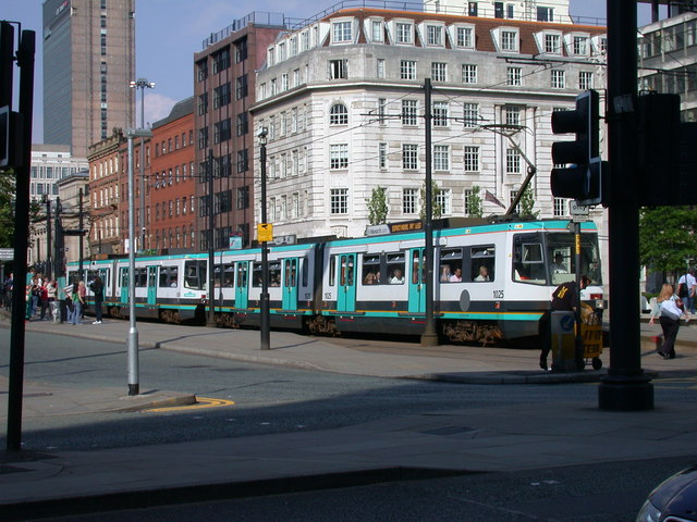 Trams 1025 + 1026 at St Peter's Square
