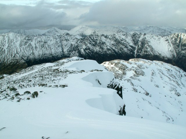 The northern edge of  Stob Coire nan Lochan Ridge