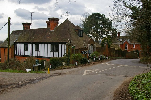 Maypole Lane