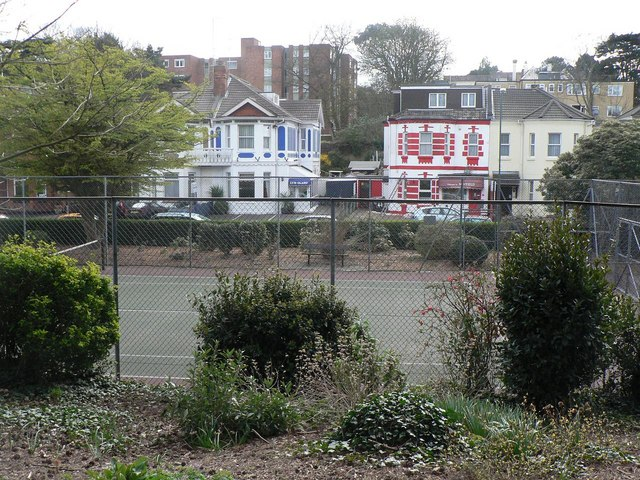 Bournemouth: Knyveton Gardens and Frances Road