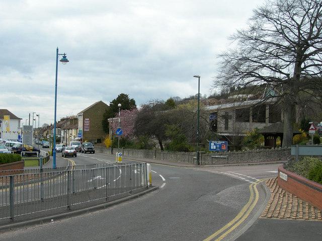 Luton High Street at Luton Road, Chatham