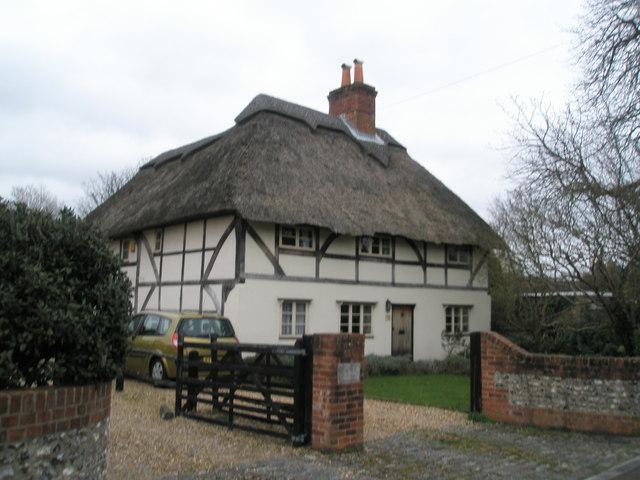 Rebuilt cottage in Castle Street