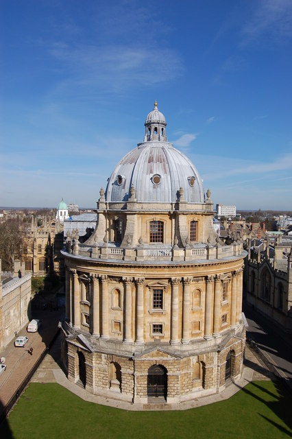 The Radcliffe Camera in spring sunshine