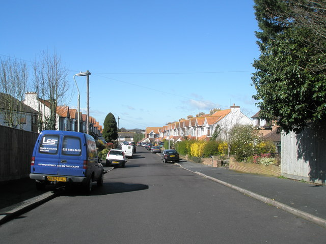 Hillside Avenue, Widley