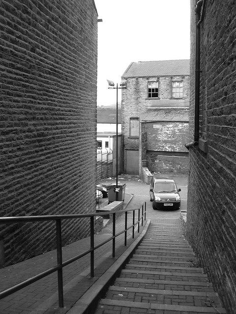 Alley off Upper Deardengate