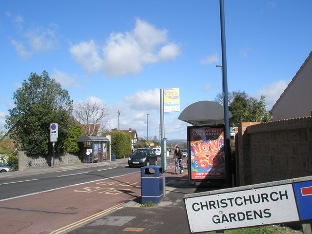 Bus stops by Christchurch Gardens