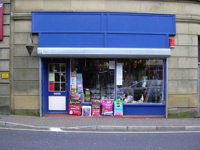 Upstairs Downstairs DIY Shop, Upper Deardengate