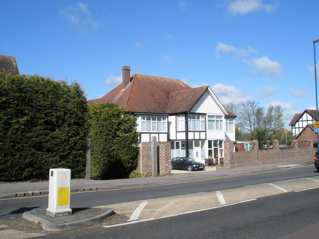 Bed and breakfast on the corner of London Road and Hillside Avenue, Widley