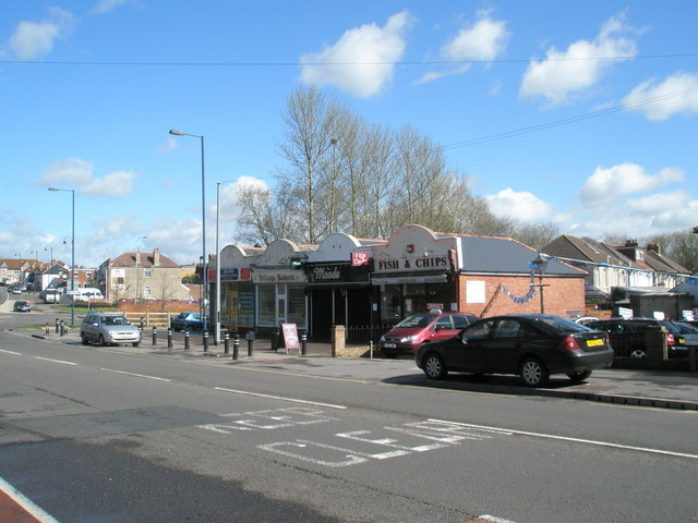 Small row of shops by the Purbrook Heath roundabout