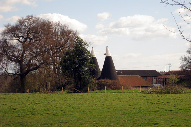 Oast House at Dew Farm, Dew Lane, Peasmarsh, East Sussex