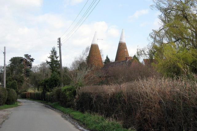 Tanhouse Oast, Tanhouse Lane, Peasmarsh, East Sussex