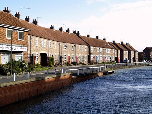 Houses beside Beverley Beck