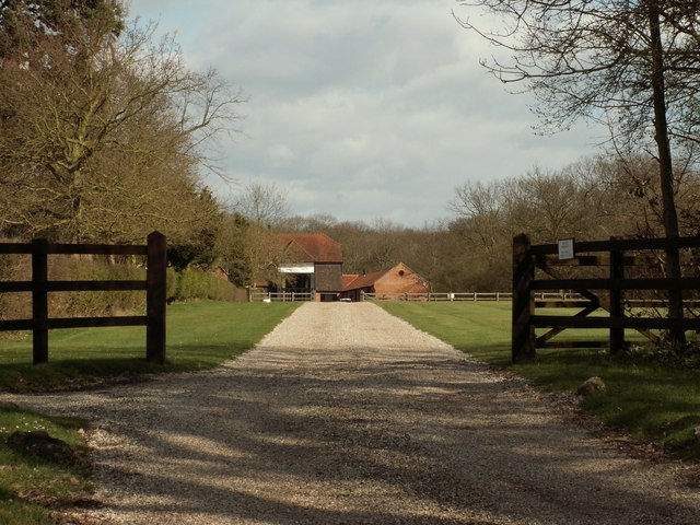 The approach to New Lodge Farm