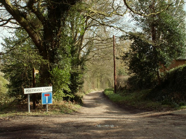 Public bridleway through Pheasanthouse Wood