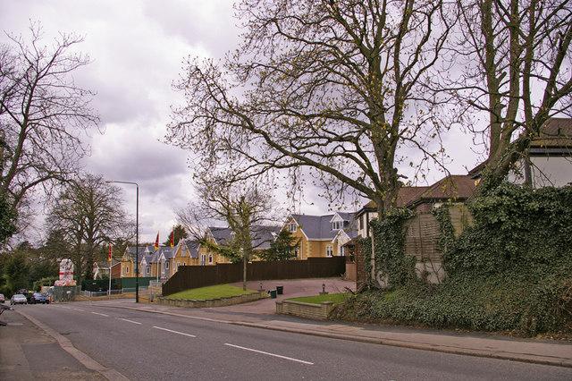 Slades Hill, Enfield
