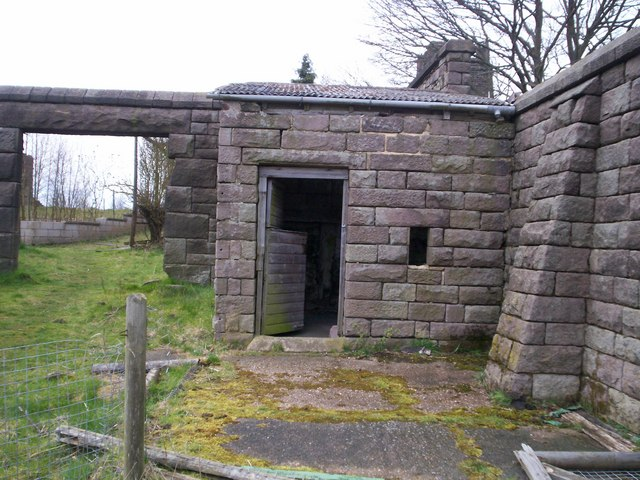 Disused outbuilding in the grounds of Riber Castle