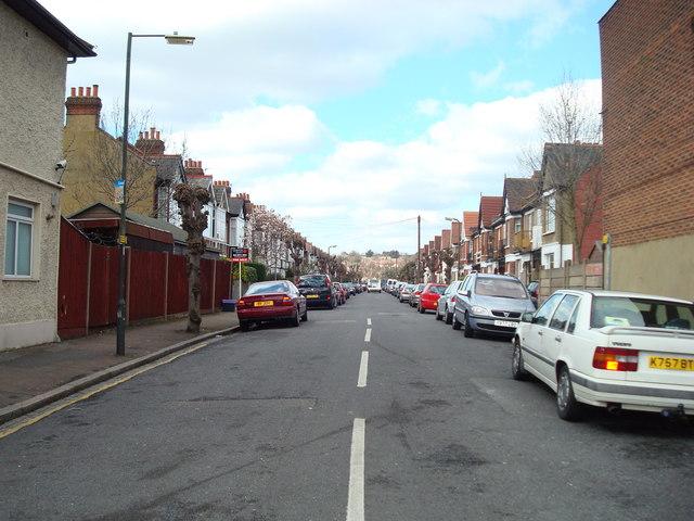 Oxford Avenue, London SW20