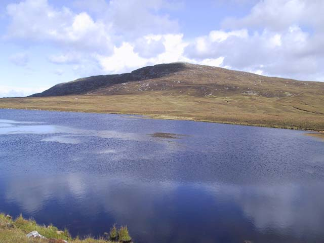 Beinn Rathacleit from south end of  Loch Rathacleit