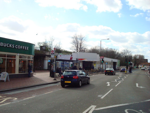 Coombe Lane, Raynes Park, London SW20