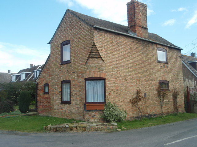 Corner Cottage, Mill Road