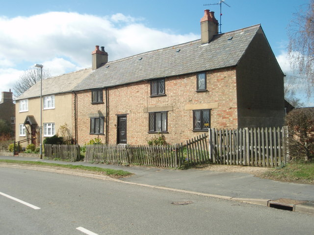Cottages in Main Street, Great Gidding