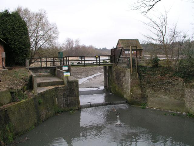 Floodgates removed on Warhham millpond